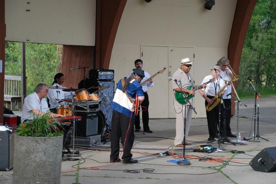 The Groove Merchants Performing at Highland Jazz Fest